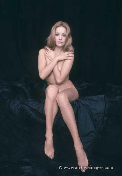 Virgin blonde women pussy