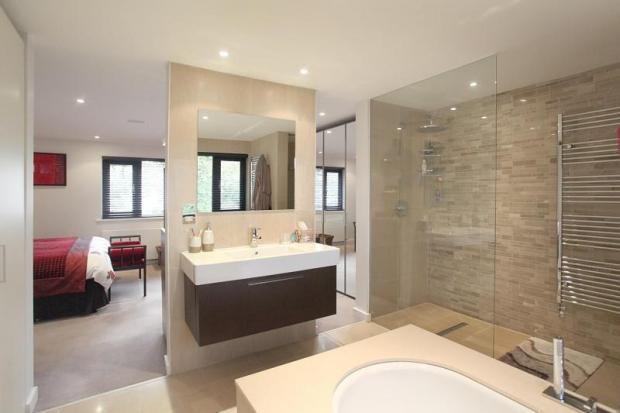 Best 25 open plan baths ideas on pinterest small open for Open plan bedroom bathroom