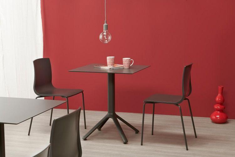 plateau design chaises Table bar en et avec werzalit 9YDH2IWE