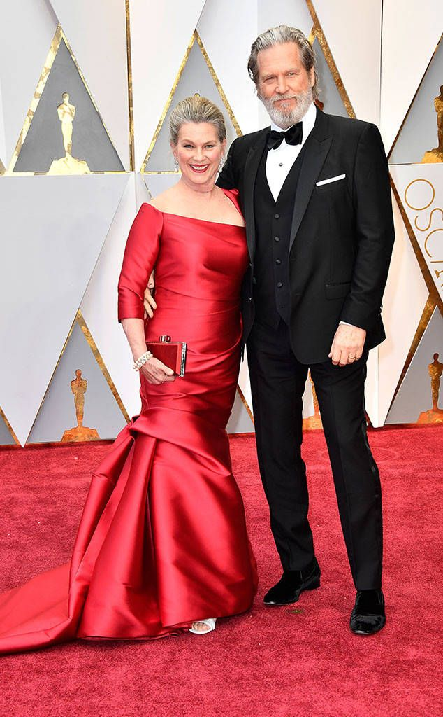Susan Geston Amp Jeff Bridges From Oscars 2017 Red Carpet