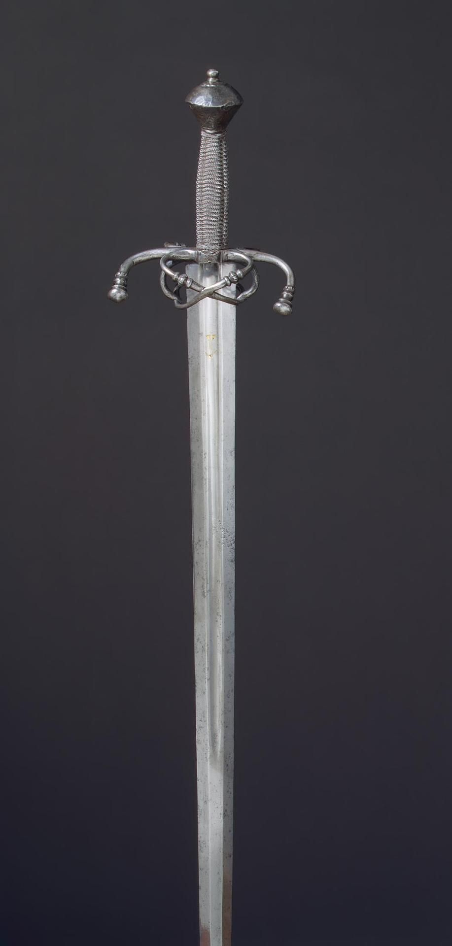 Sword Germany, First half of the 16th century L. 119 cm, blade 100 cm