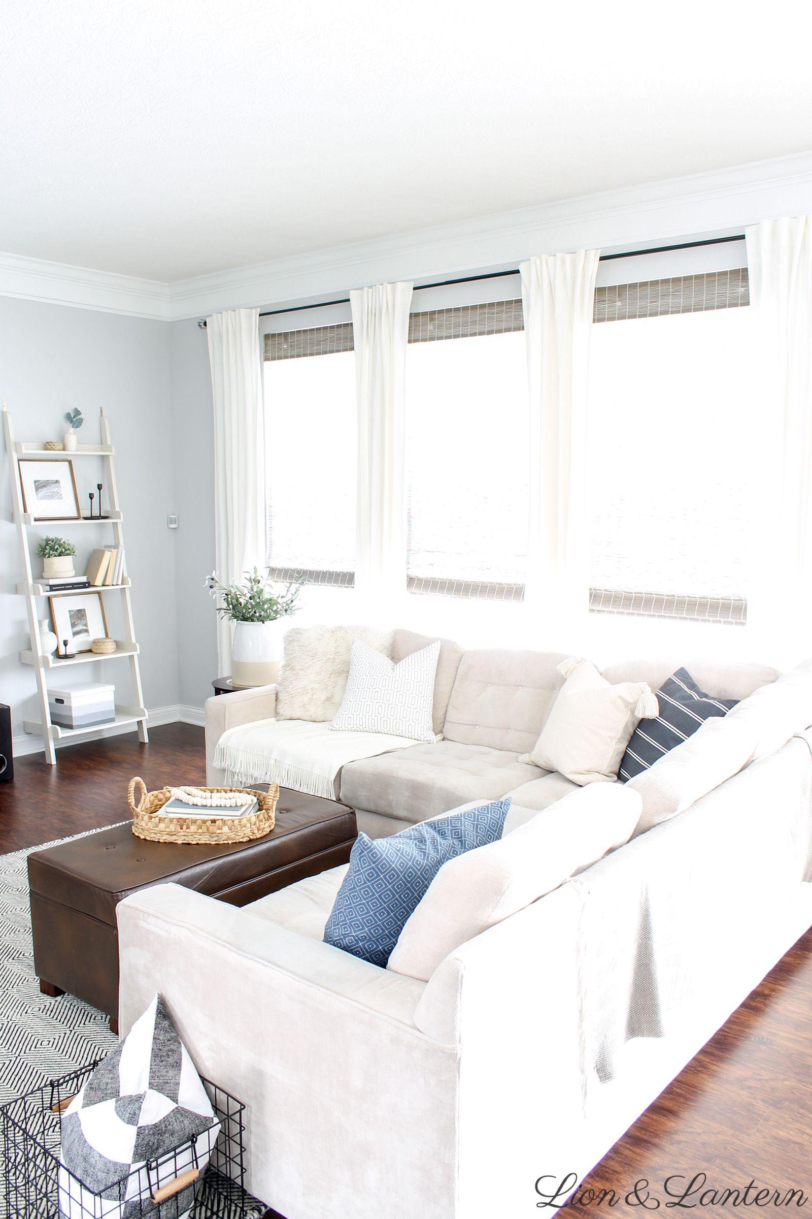 Cozy Coastal Living Room At Lionandlantern Com Coastal Farmh