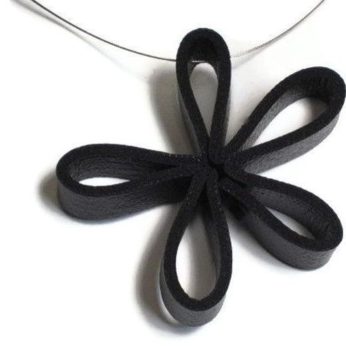 black flower pendant edgy jewelry black daisy by frankideas
