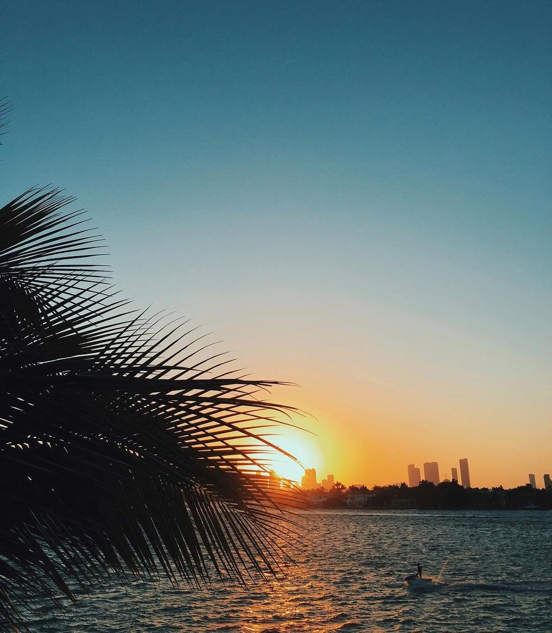 "768 Likes, 1 Comments - Urban Outfitters Miami (@uomiami) on Instagram: ""Hoping for a sunny week ahead of us! ☀️"""