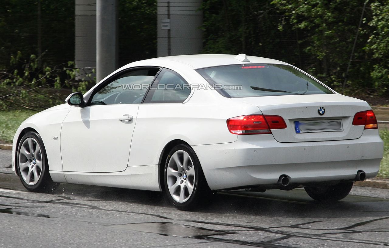 Bmw 3 Series Coupe Facelift Spied In All White With Images Bmw