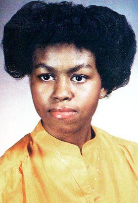 Michelle Robinson Obama Senior High School Yearbook Photo 1981 Young Michelle Obama Michelle Obama Hairstyles Michelle Obama