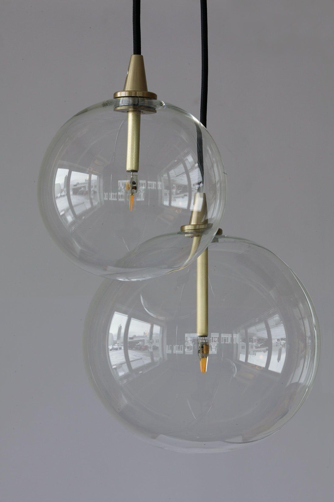 Elegante, moderne Glaskugel Pendelleuchten von Schwung Home