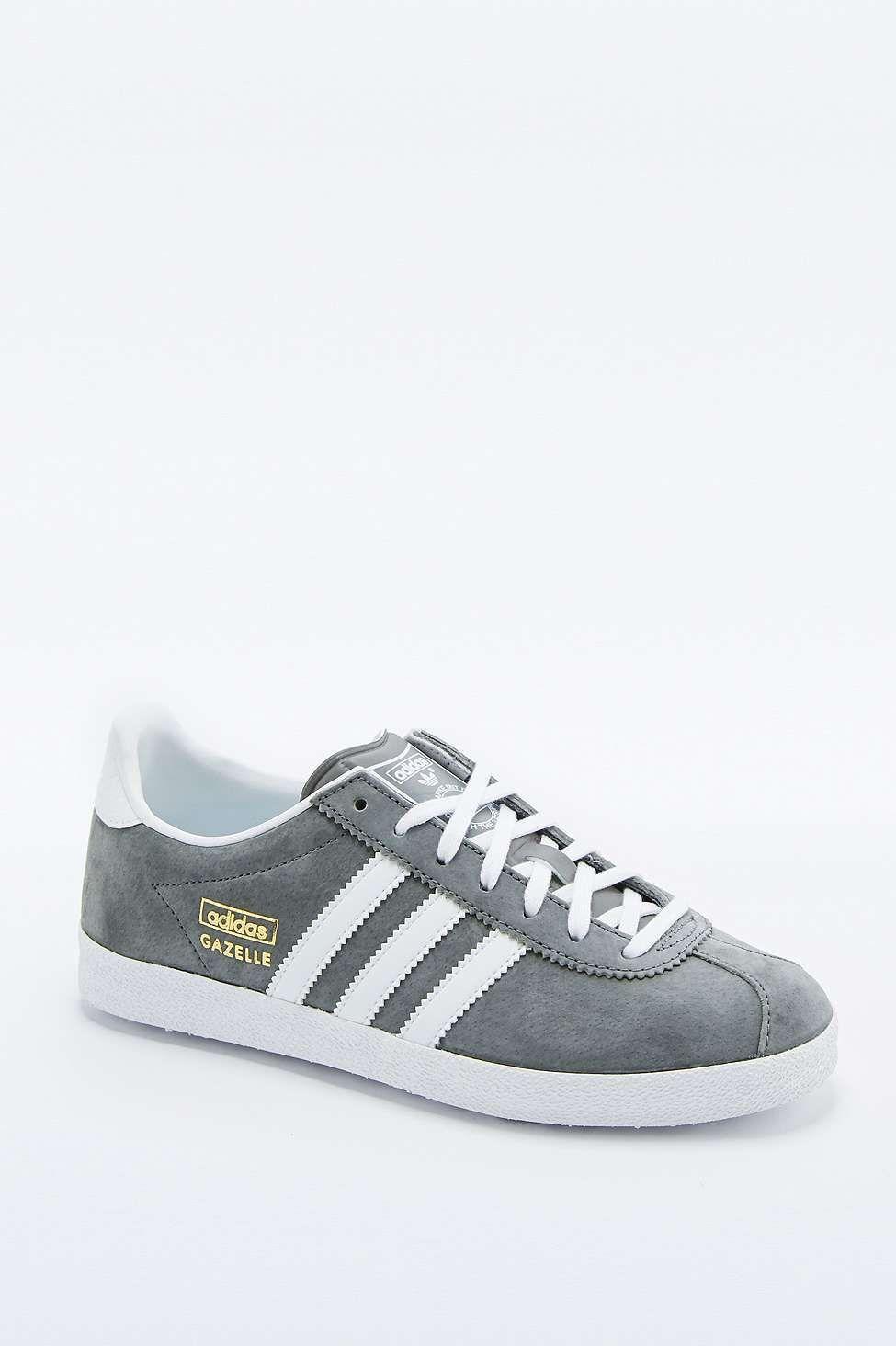 sports shoes dbcbd f55d5 adidas Originals Gazelle Grey Trainers. adidas Originals Gazelle Grey  Trainers Gazelle Gris ...