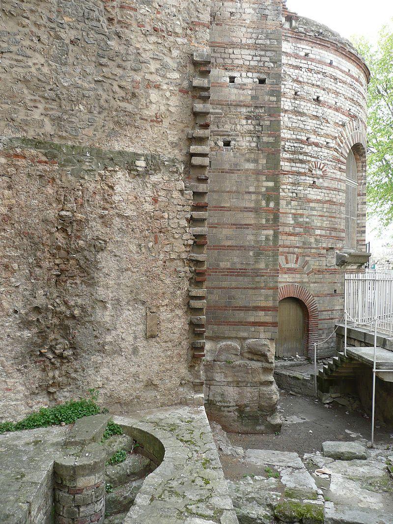 Thermes de Constantin, des bains romains du IVe siècle - Arles. Provence-Alpes-Côte d'Azur