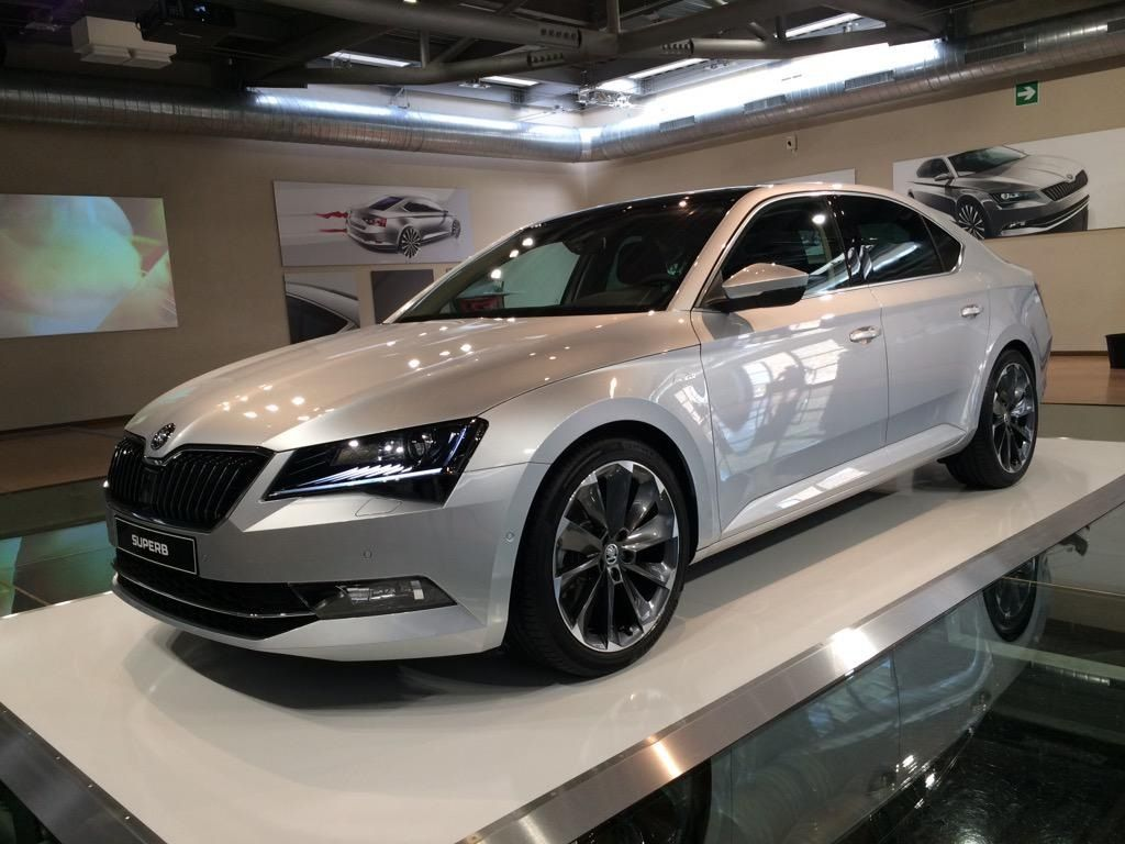 Skoda Superb Automobile Luxury Cars Vw Group