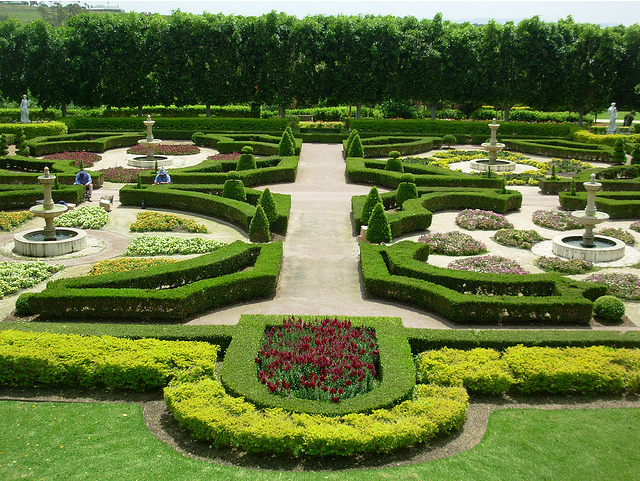 the border garden within the hunter valley gardens nsw. Black Bedroom Furniture Sets. Home Design Ideas