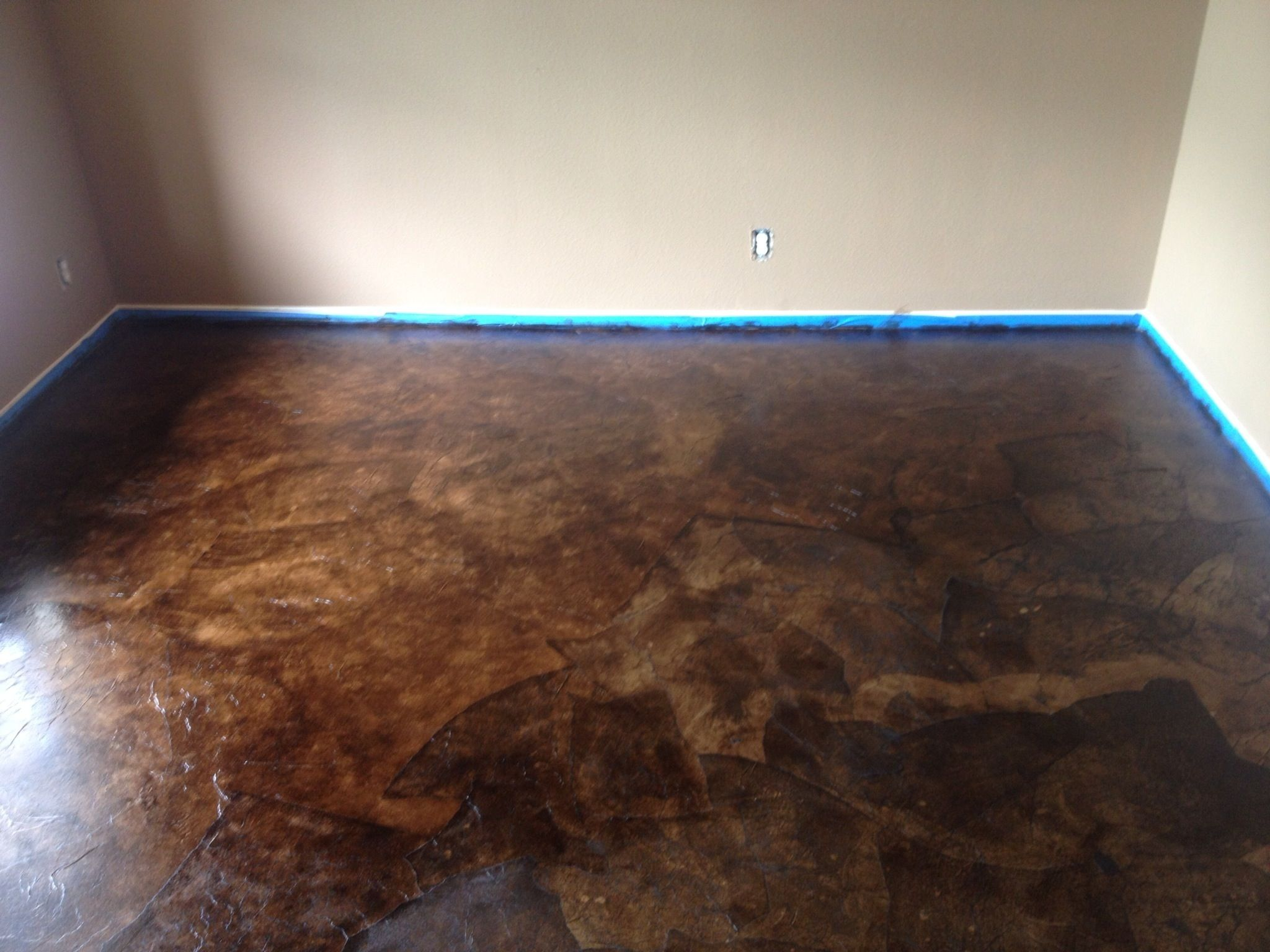 Diy paper bag floors that look like stained concrete for Concrete floor ideas diy