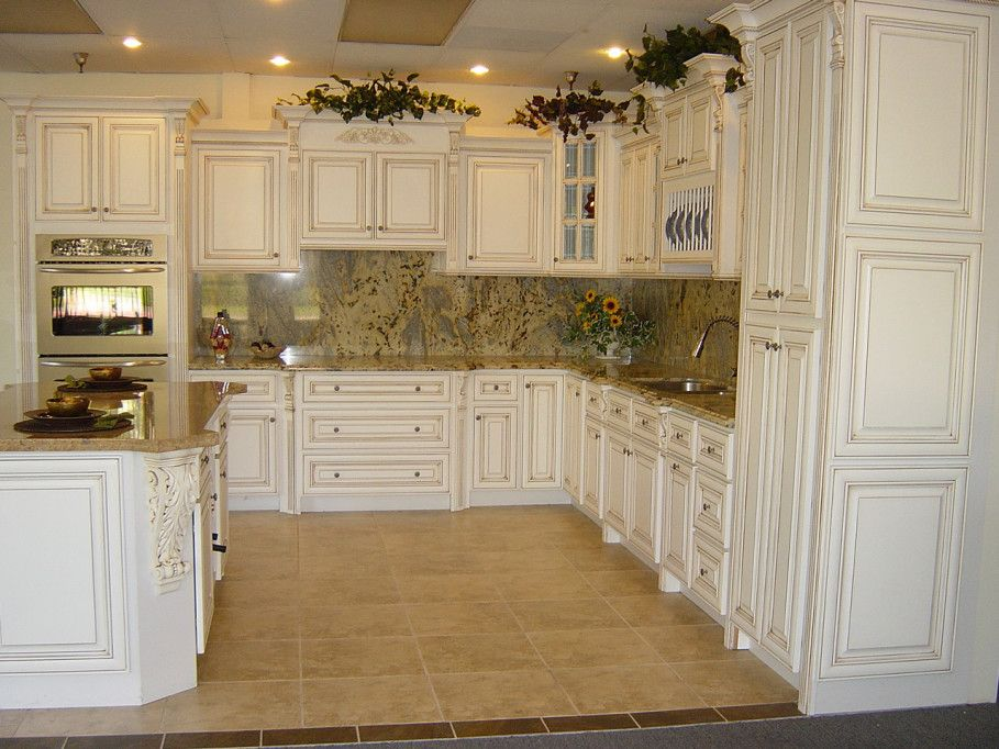 19 Antique White Kitchen Cabinets Ideas with