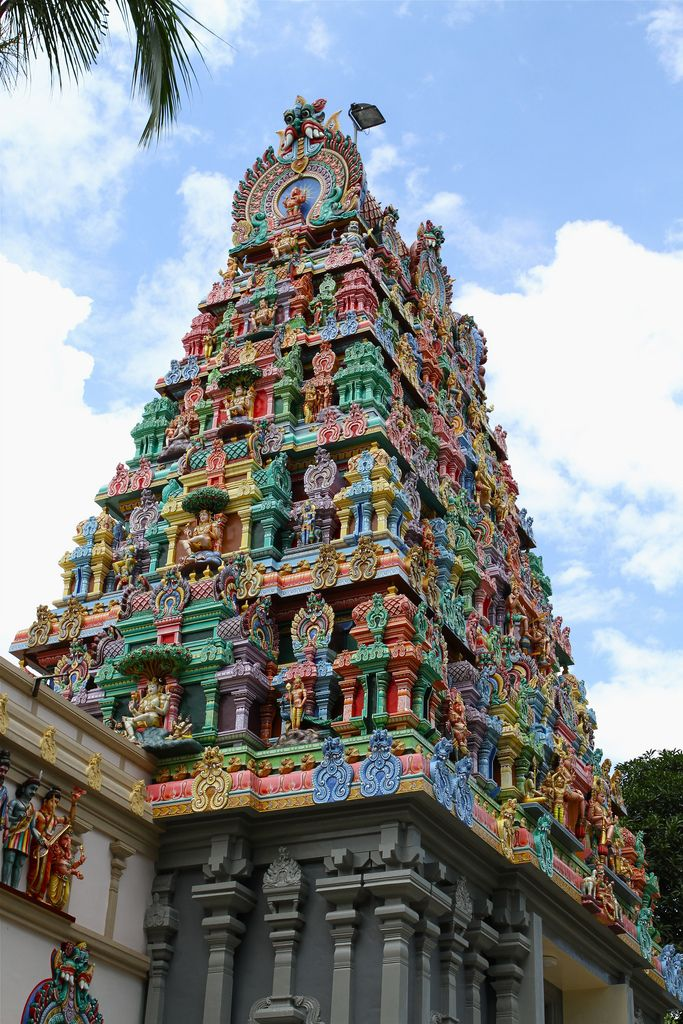 Built in 1859 and rebuilt in 1983, the unique feature of this Southern Indian temple is the roof with 48 engraved glass panels which are angled to catch the rising and setting sun. The temple traditionally sees the culmination of the Thaipusam procession. Sri Thandayuthapani Temple, Singapore