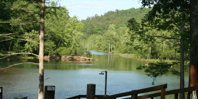 Thunderbird Lodge In Broken Bow, Oklahoma It Is On The Mt. Fork River And  Is Two Cabins Combined With Five Bedrooms. One Cabin Is 3 Bedroom And 3  Bath While ...