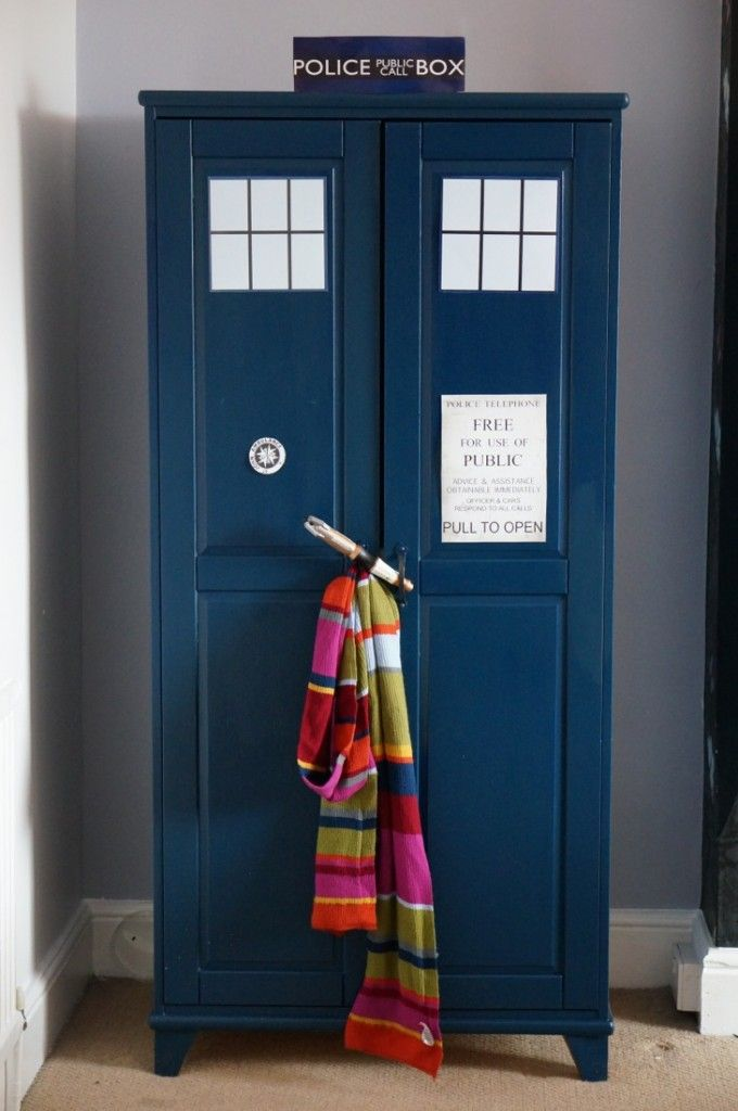 9d2cba5fb31d How to make a Dr Who Tardis Wardrobe