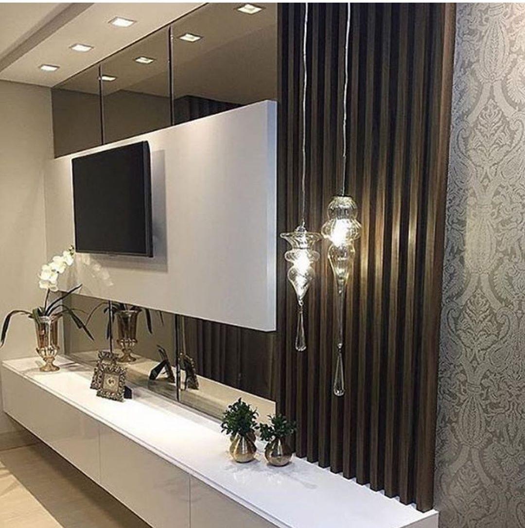 Inspirações Para Essa Noite Painel De Tv Via Pinterest Interiores Designdeinterio Modern Tv Wall Units Living Room Design Modern Tv Room Design
