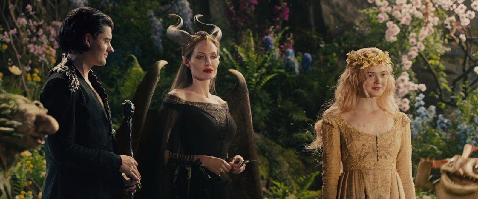 Diaval Maleficent Aurora Office