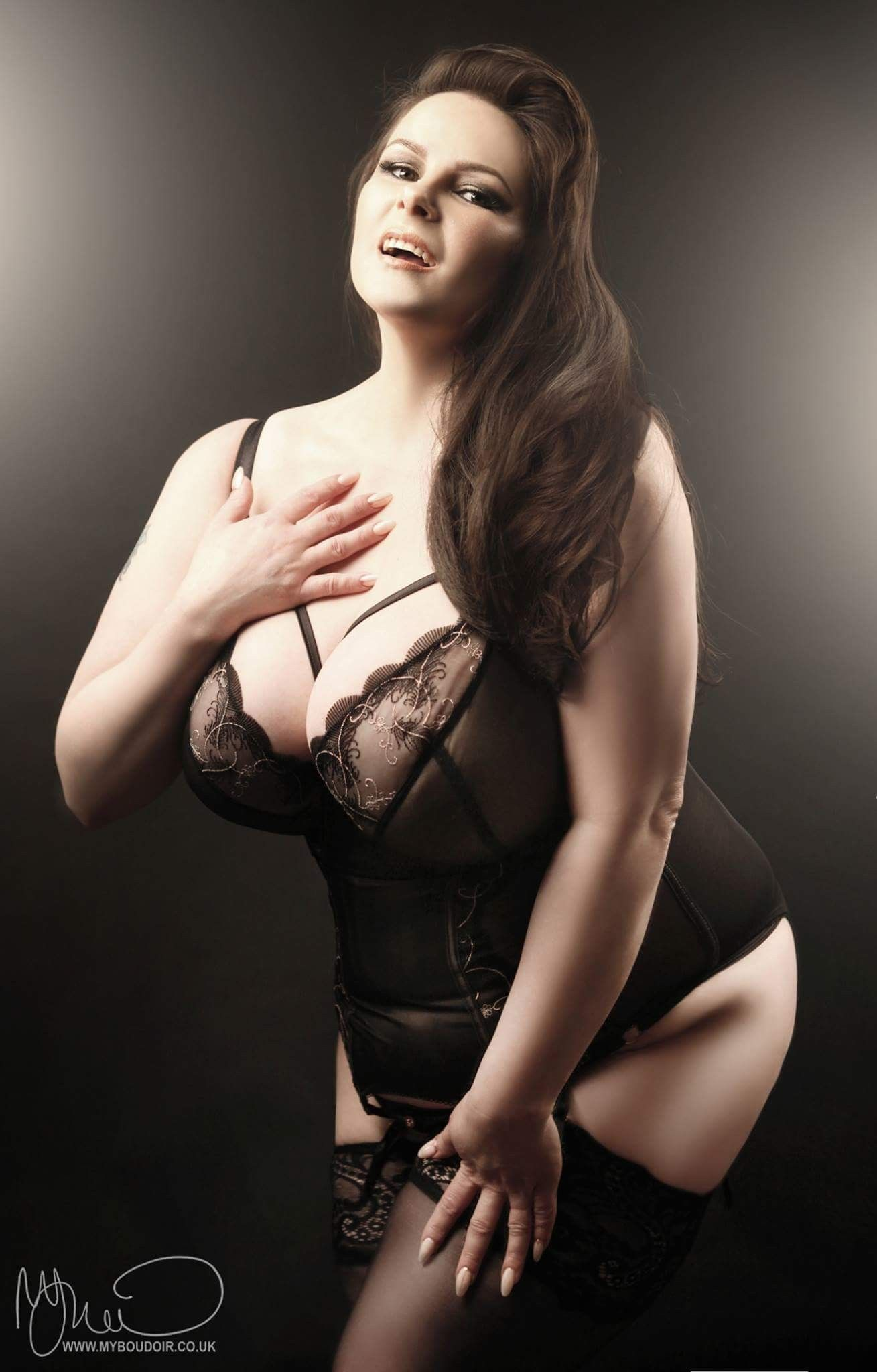 1a7b244c6f96c Beautiful plus-size model Louise Varns - by My Boudoir - Make-Over Boudoir  Photography