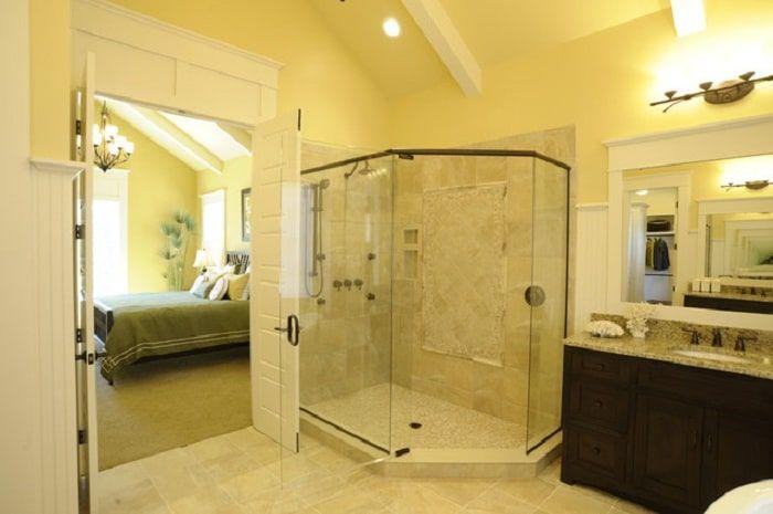 Cuartos de baños con ducha Modernos | Yellow bathrooms ...
