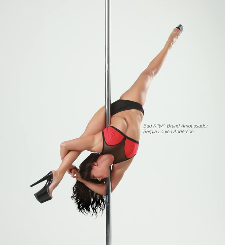 15 Crazy Difficult Pole Tricks That Will Make You Say Ouch
