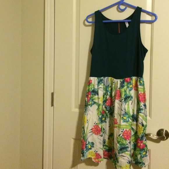 Tropical print dress Only worn once for graduation~~ Xhilaration Dresses