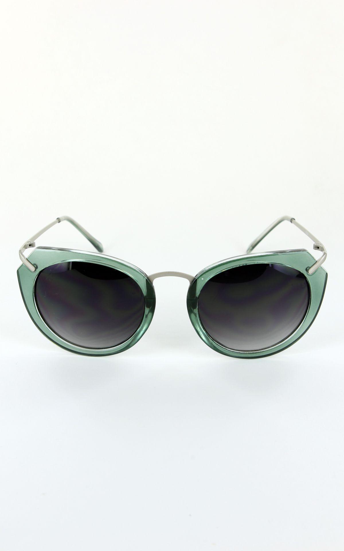 1950s Modern Vintage Sunglasses $5.99 AT vintagedancer.com