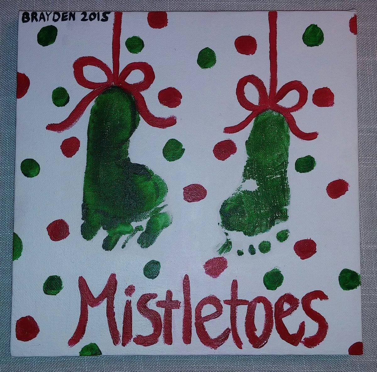 Footprint Christmas Art #mistletoesfootprintcraft