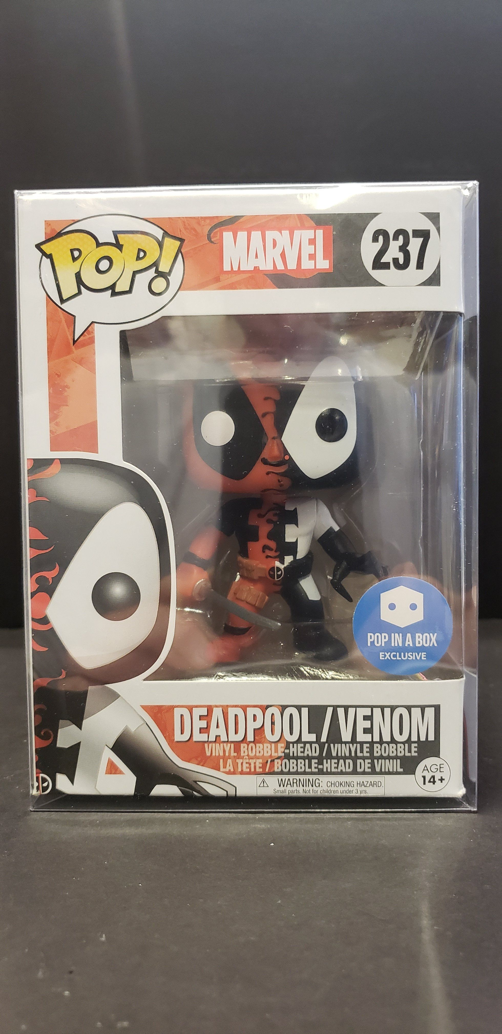 29aaa96e2ec Funko POP! Marvel  237 Deadpool Venom (Pop in a Box Exclusive ...