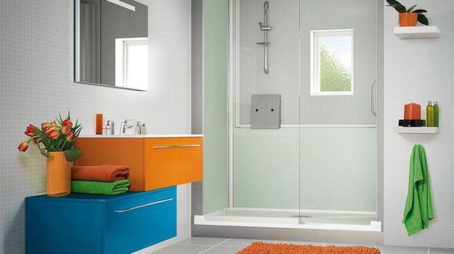 Salle de bain  une douche à dimension Lofts
