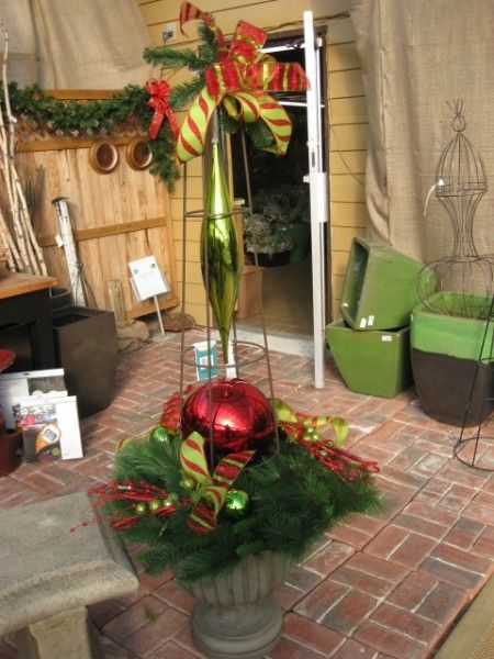 Outdoor Christmas Planter Decorations