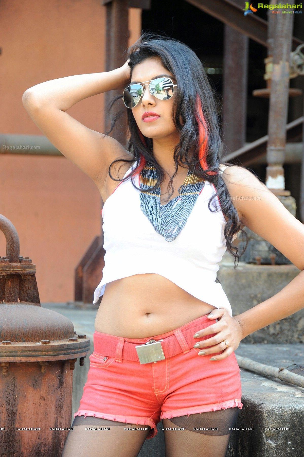 heiße und sexy Telugu-Schauspielerin