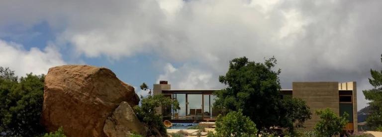 #saddle peak #residence #villa #facade #glassfacade #seethrough #openarchitecture #modern #modernarchitecture