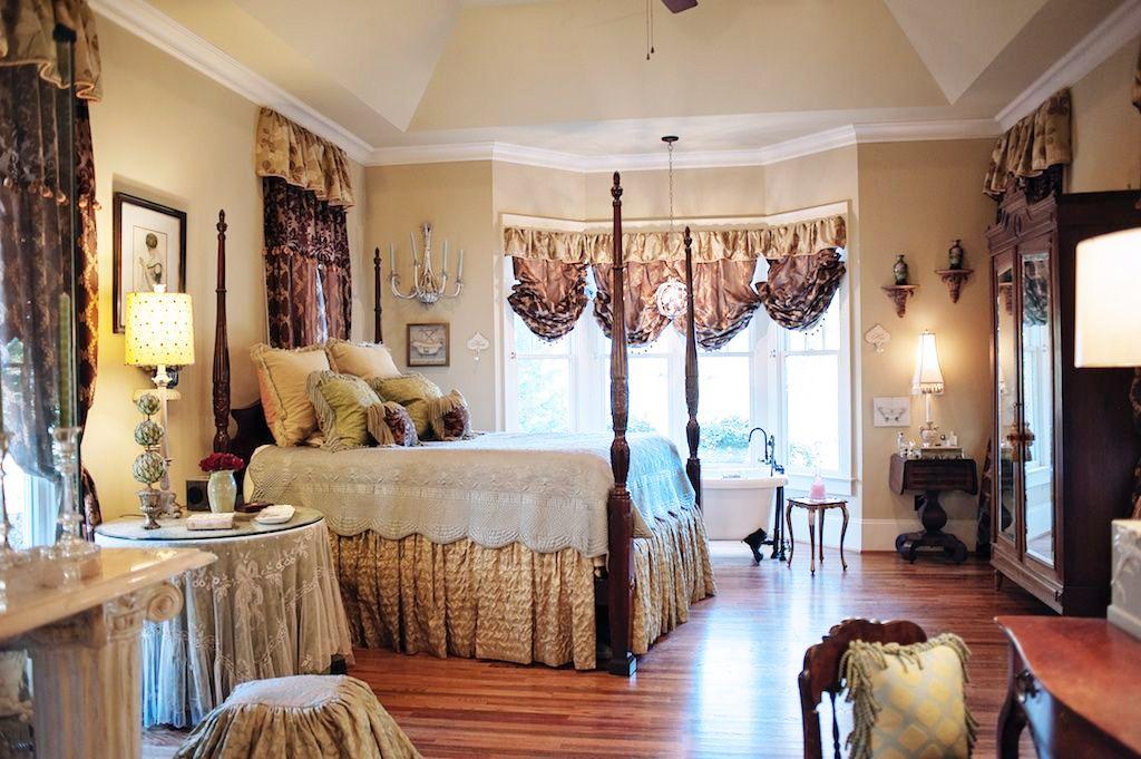 5 Harcourt Drive, Greenville, SC 29601 $545,000 | Home ...