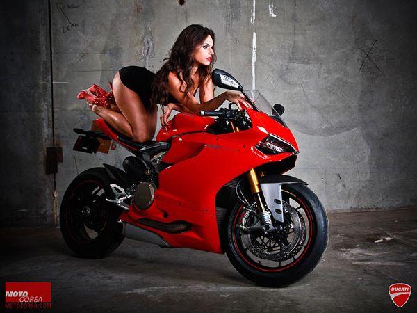Männer, räkelt euch | Motorrad mädchen, Motorrad, Motorrad