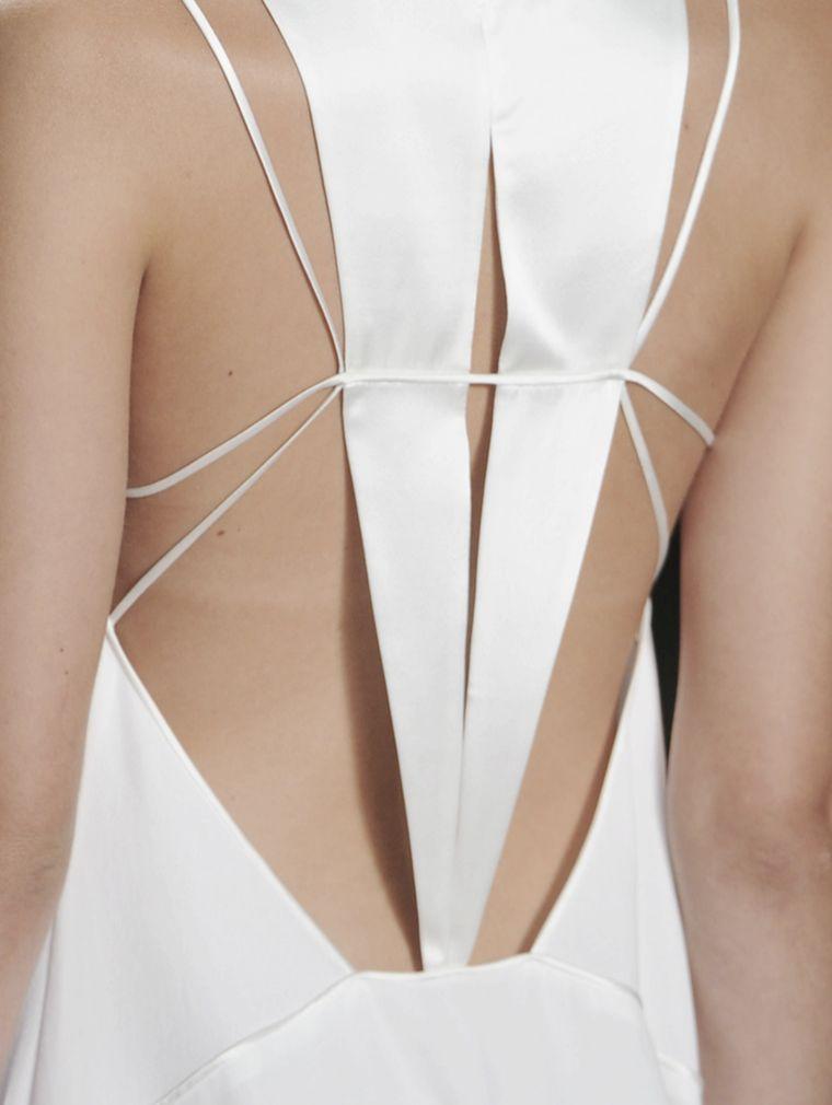 geometric back details