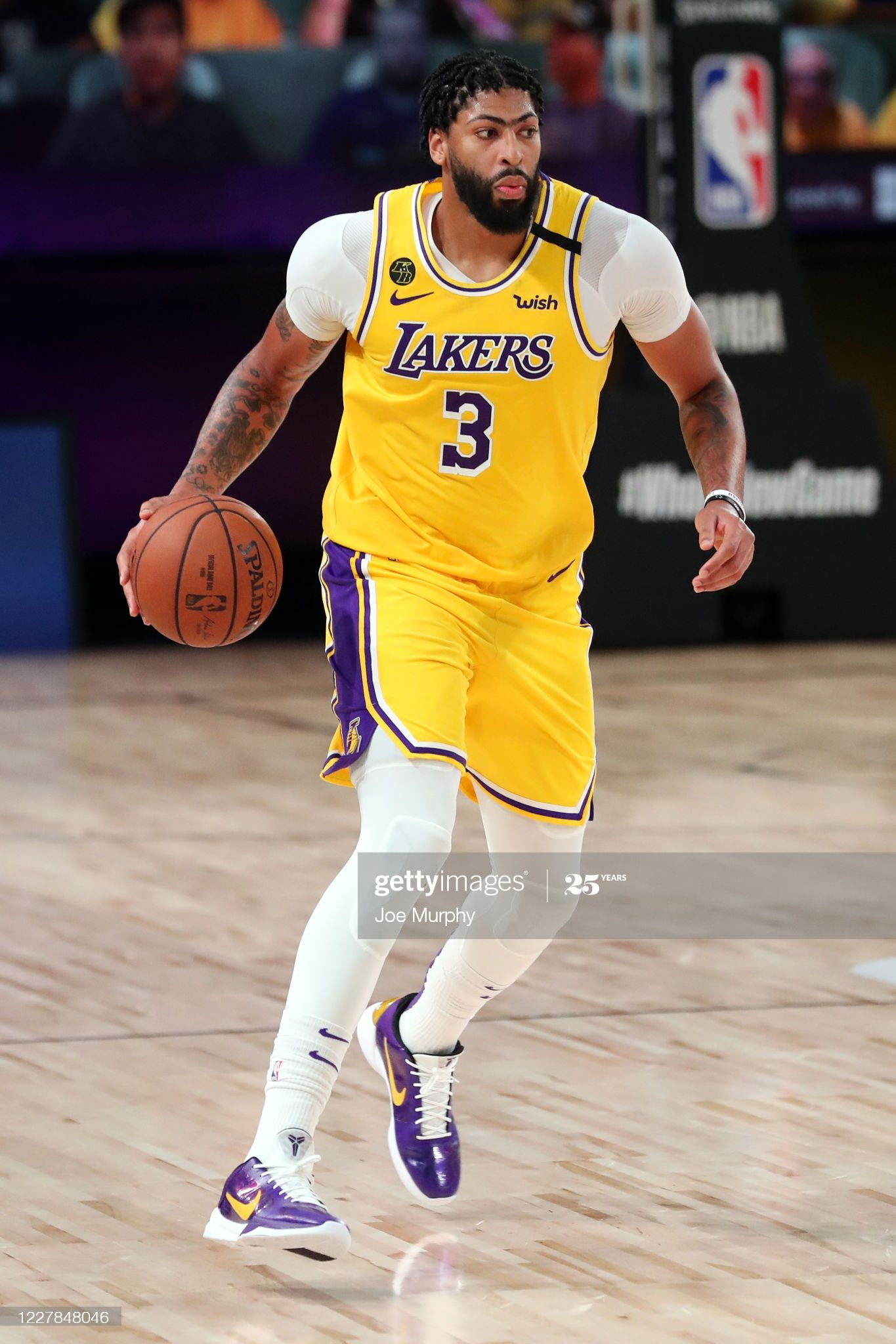Anthony Davis Of The Los Angeles Lakers Handles The Ball During The In 2020 Los Angeles Lakers Anthony Davis Lakers Vs Clippers