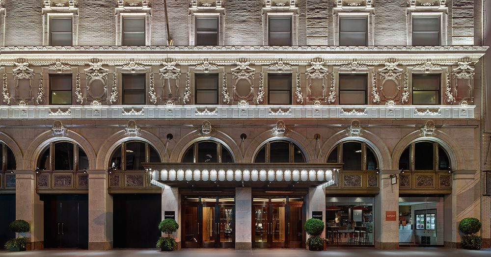 Paramount Hotel In New York City S Theater District Times Square Entertainment Paramount Hotel Times Square Hotels Times Square New York