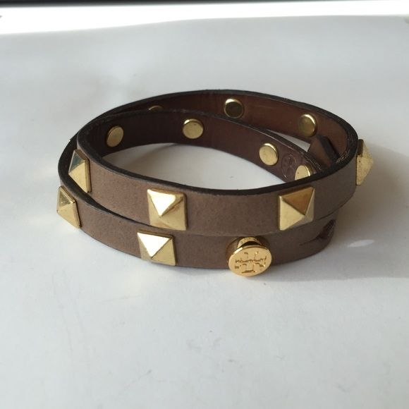 """Gold spoke stud pyramid double brown leather wrap Authentic! 15.5"""" total length. NO TRADES! Tory Burch Jewelry Bracelets"""