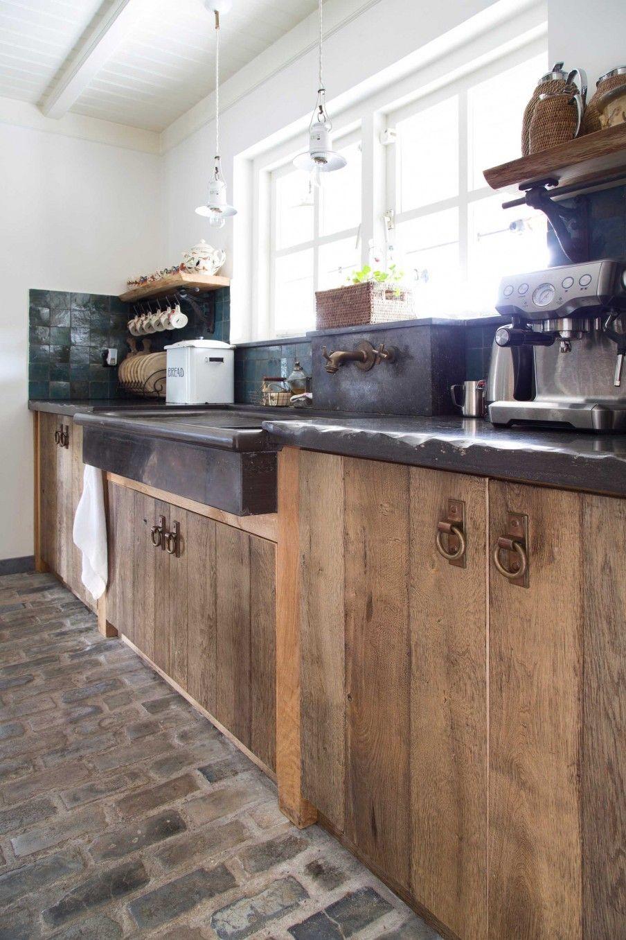Oude klinkers als keukenvloer | Landelijk wonen | Kersbergen.nl