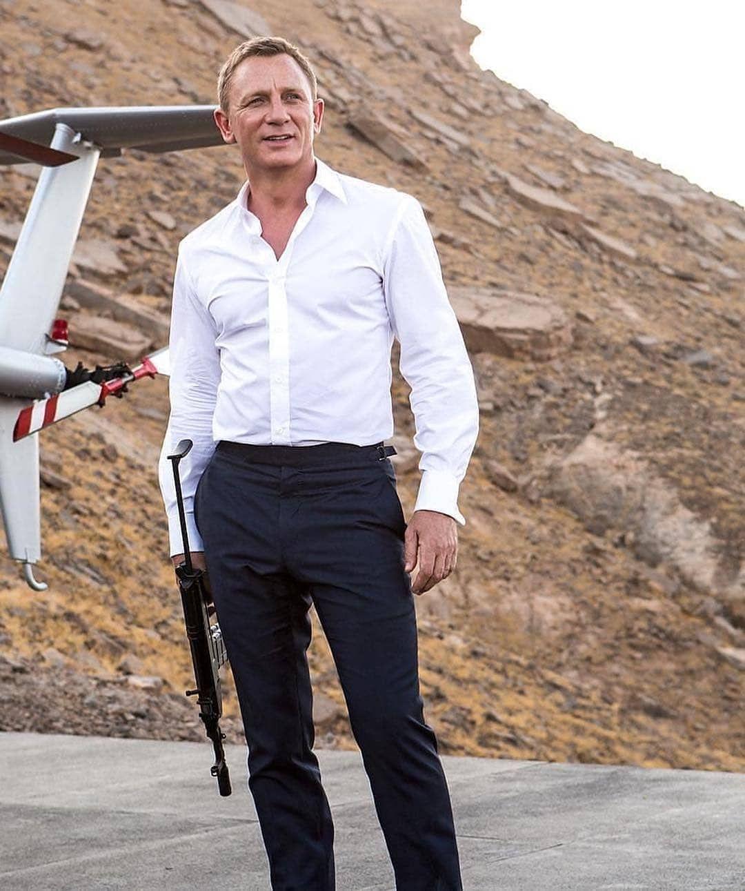 Men S Style Fashion News Tips Trends Celebrity Style Tasuit Style James Bond Daniel Craig Daniel Craig James Bond