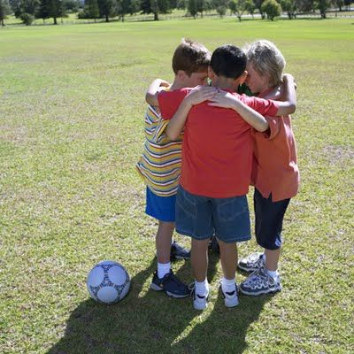 Kids Sports Pictures Soccer Drills For Kids Kids Sports Kids Playing Sports