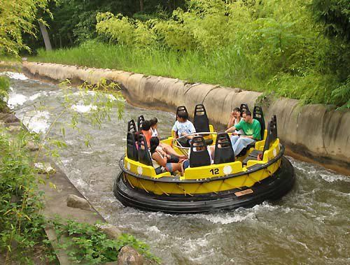 Great Adventure In New Jersey This Was Also In San Jose Ca With A High Platform That You Cou Six Flags Great Adventure Theme Parks Rides Greatest Adventure