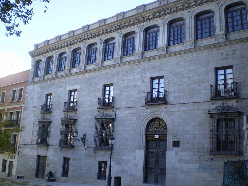 Palacio de los Vargas, en la Plaza de la Paja.