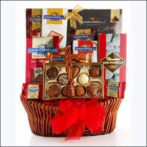 Clipping Money Win Bea S Gift Baskets For A Year Us Entries Ends Nov 17 At 11 59pm Est Giveaways Gourmet Baskets Premium Chocolate Chocolate Assortment