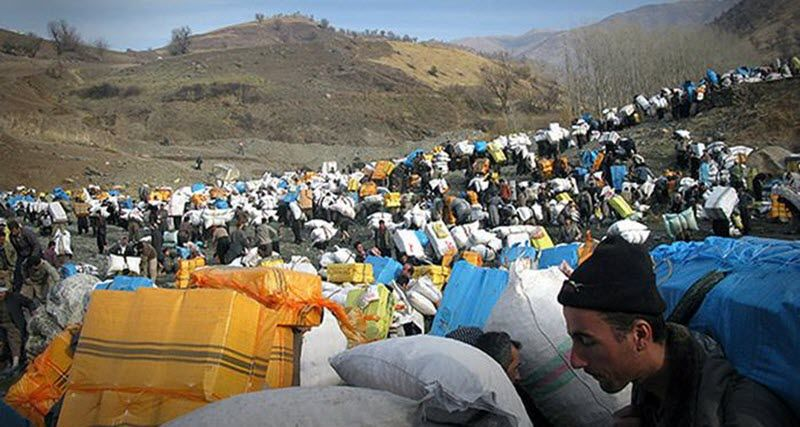 Extremely poor conditions for porters who are targeted by