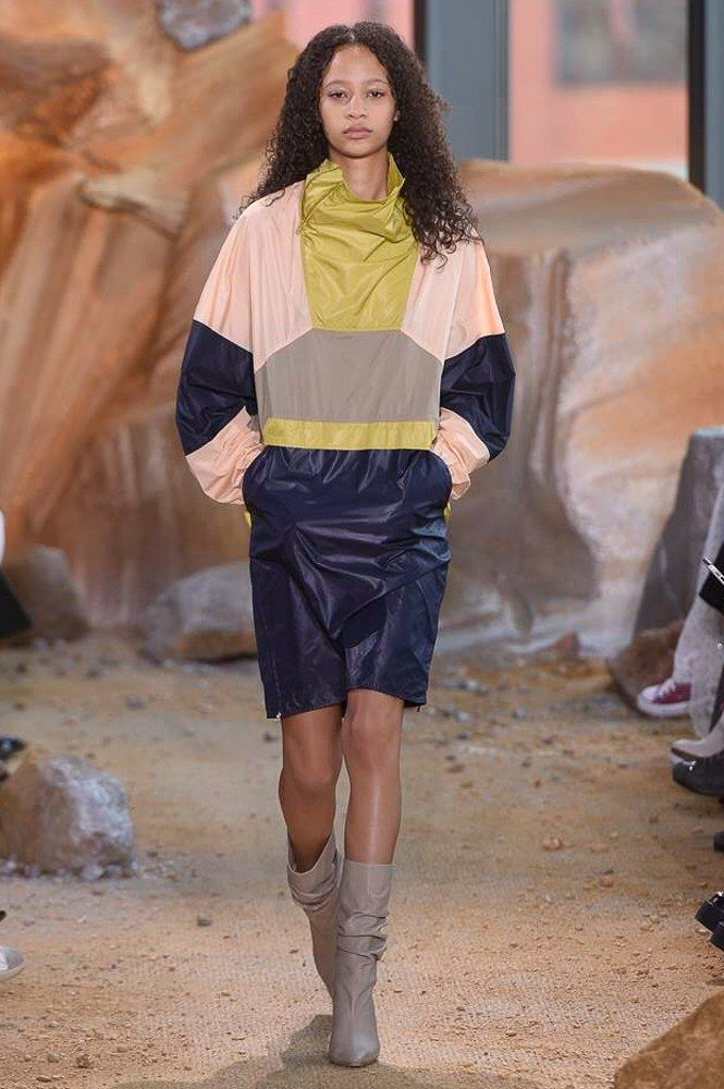 Lacoste Fall 2017 Ready-to-Wear Fashion Show - Selena Forrest