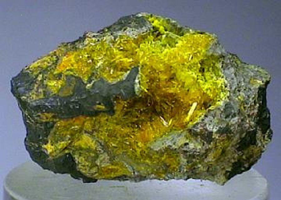 how to make uranium 235