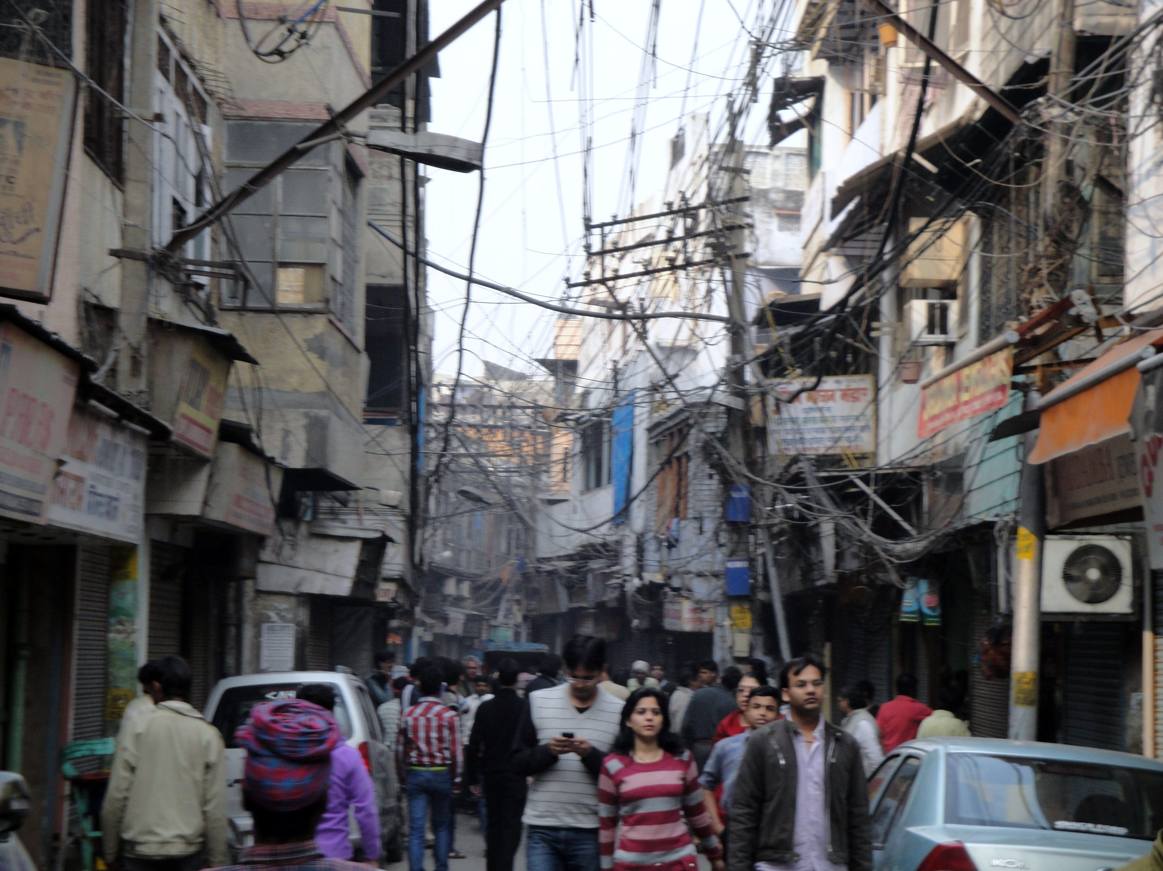 The Crowded Narrow Streets Of Old Delhi Street Street View My Travel