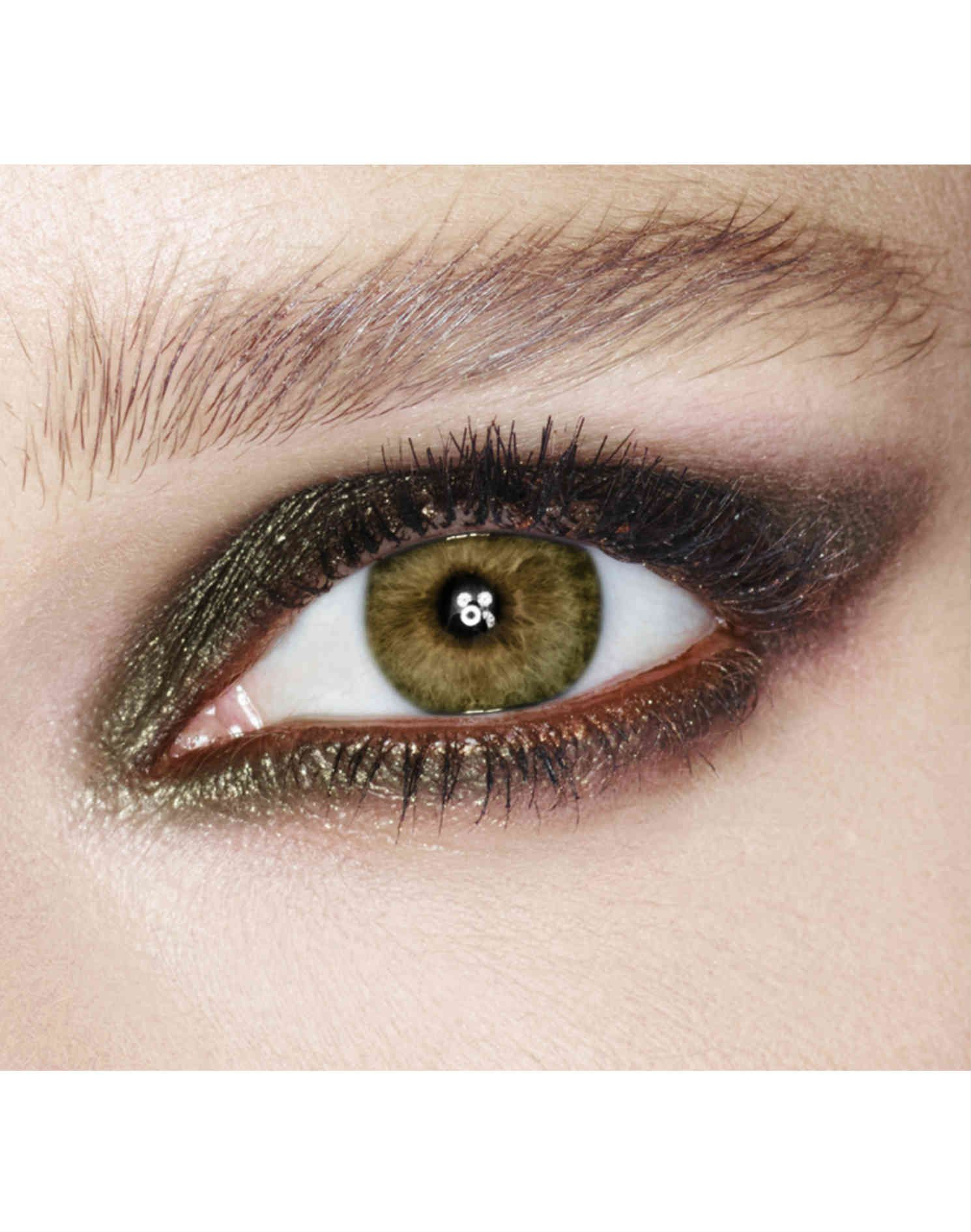 Colour Morphing Eyeshadow Pencil for Hazel Eyes (With